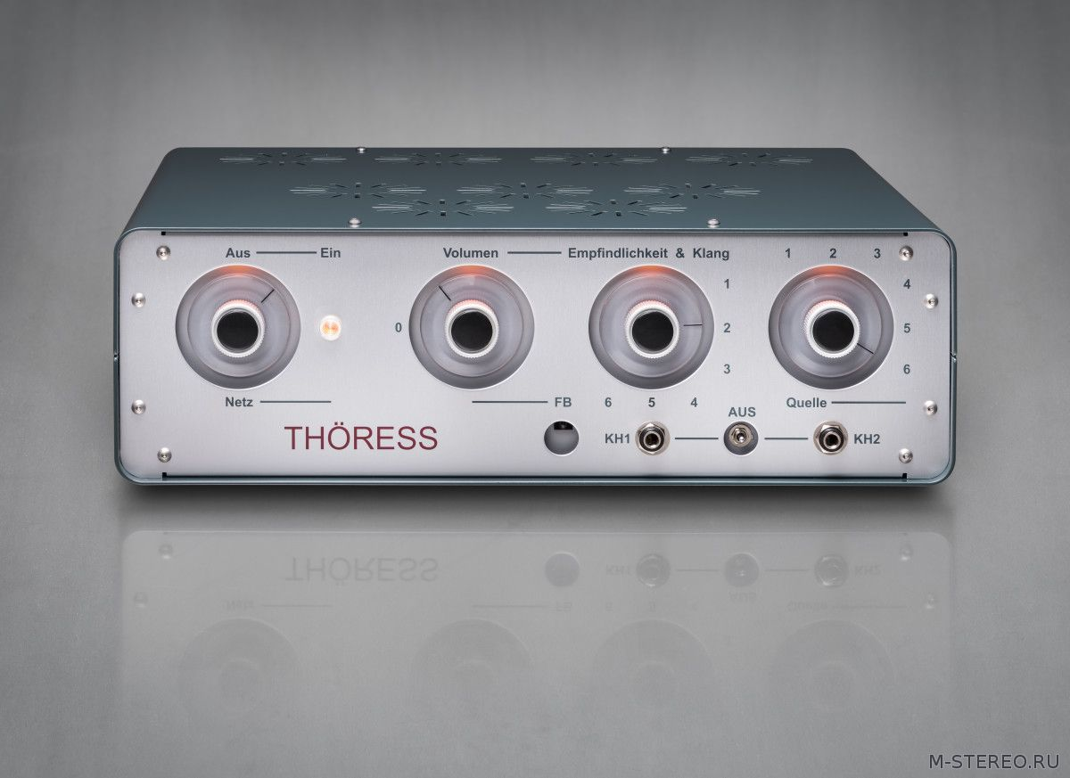 Предварительный усилитель Thöress Dual Function LINE & HEAD Control Amplifier
